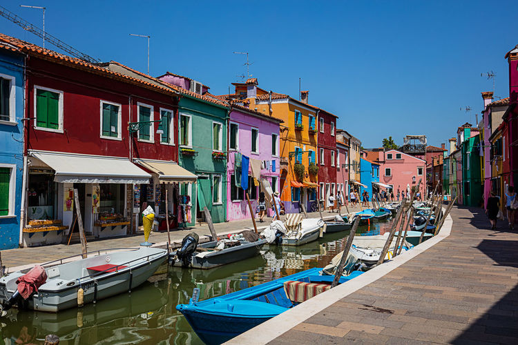 Boots Burano, Italy Colors Venedig Venice, Italy Burano Island Canale  Colorful