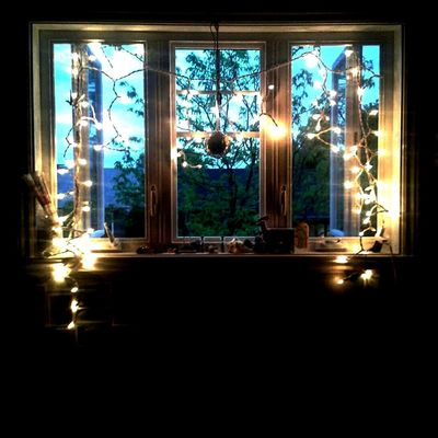 Sister's room! 언니 방 Casa House Na Windown Maison Discoball Sky Blue Lights Happy Artsy Cute Tranquility Indoors  Window Fenêtre Cool Joli Relax Peace Peaceful Quiet
