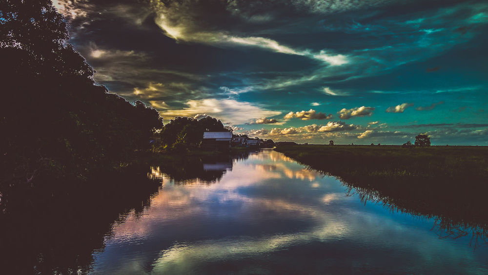 EyeEm Indonesia Reflection Water Cloud - Sky Outdoors No People Sky Nature Day Be. Ready. EyeEmNewHere Scenics Tranquility Tranquil Scene Building Exterior Beauty In Nature Built Structure Architecture Sunset Colour Your Horizn