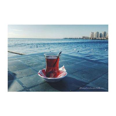 Deniz ve çay sordular seni neredesin :p :) Blog Blogger Izmirlibloggerlar Blogspot Lifeblogger Photography Tea Teatime çay Caykeyfi Izmir Bostanlı Balikcibarinagi Deniz Sea Seaside