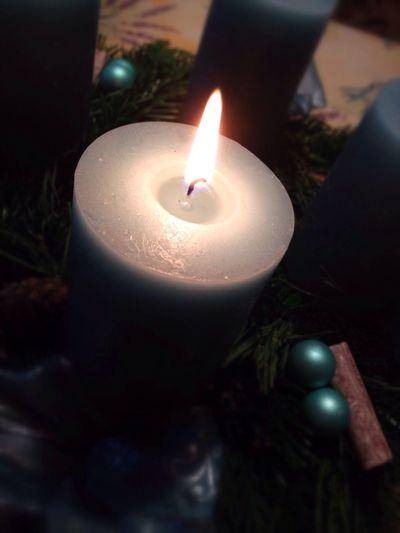 Ich wünsch euch einen schönen 1. Advent Christmas Candle EyeEm Best Shots Hello World