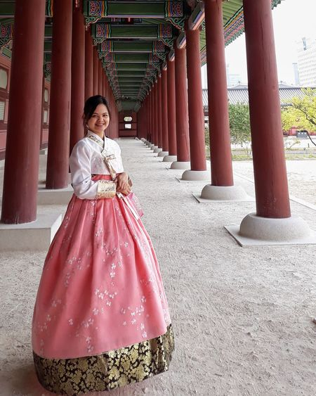 hanbok Traditional Clothing Beautiful People Beauty Smiling Full Length One Person One Woman Only Architectural Column Beautiful Woman Young Adult Young Women Portrait Architecture One Young Woman Only Day Adult Hanbok Girl Wearing Hanbok Filipina Wearing Hanbok Seoul South Korea Gyeongbokgung Palace
