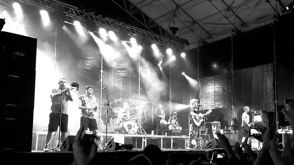 manu chao! Light And Shadow Life Music Project 365 Project365 365 Day Challenge Enjoying Life Shades Of Grey EyeEm Best Shots EyeEm Best Shots - Black + White Eye4photography