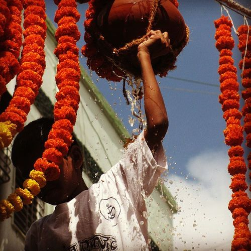 Dahihandi Dadar Freind Fun Mumbai Mumbaikar Festival Picofthedat Favoritepic Instafollow Likeforlikes Folloeme Me Like Likeme Mumbai_igers Mumbai_imstagrammers Mumbai_mumbaikar