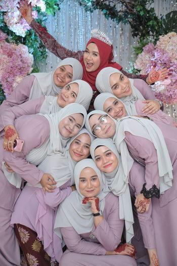 bridesmaid Child Portrait Men Tree Women Togetherness Females Childhood Girls Smiling Organized Group Photo Formal Portrait