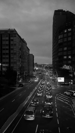 https://youtu.be/uIkekMoEQY4 Streetphotography Street Photography Light And Shadow Bnw_collection Bnw_captures Bnw Photography Bnw_shot Bnwphotography Bnw City Cityscape Skyscraper Road Land Vehicle Car Street Sky Architecture Building Exterior