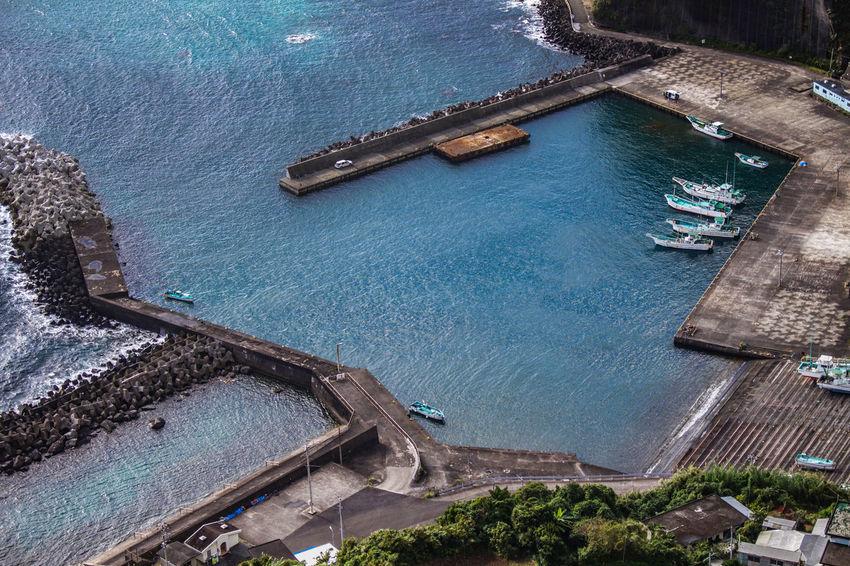 八丈島 Hachijo-island Sea Boats Photography Eoskissx7i OpenEdit Blue Seaport Reflections Bluesea Nature Open Edit Island Reflection