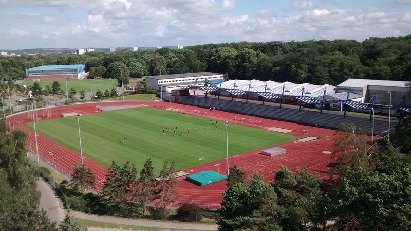 Stadion von oben. Rostock Leichtathletik Stadion Sport