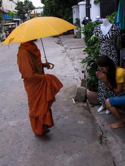 ASIA Bonze Bouddhisme Cambodge Cambodia Moine Phompenh Religion