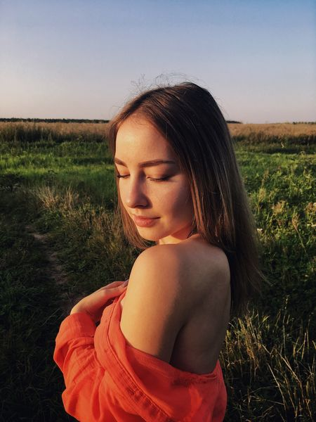 Gerl Russia Sky And Clouds Field Beauty In Nature Nude_model