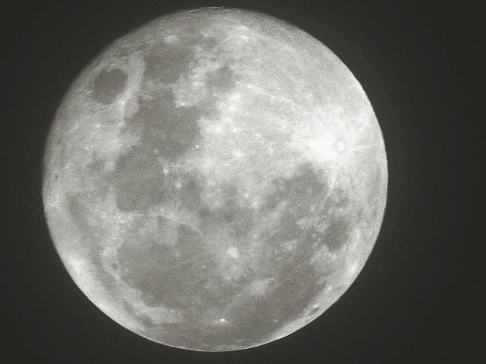 Full Moon Night Astronomy Space Moon Nature Space Exploration Planetary Moon Outdoors Black Background Sky Nature EyeEm Gallery Eyemphotos Eeyem Photography Paisaje Colombiano Full Moon Nubes Y Cielo Nubesdetuciudad No People Moon Surface Beauty In Nature Circular