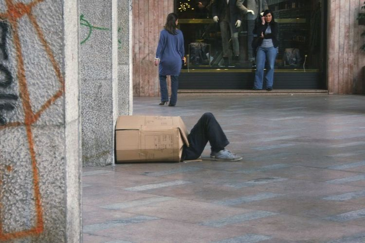 The Street Photographer - 2017 EyeEm Awards Outdoors Men Palermo Shooting Palermo, Italy Poverty Poverty Lives. Povertà Scatola Box ManInABox