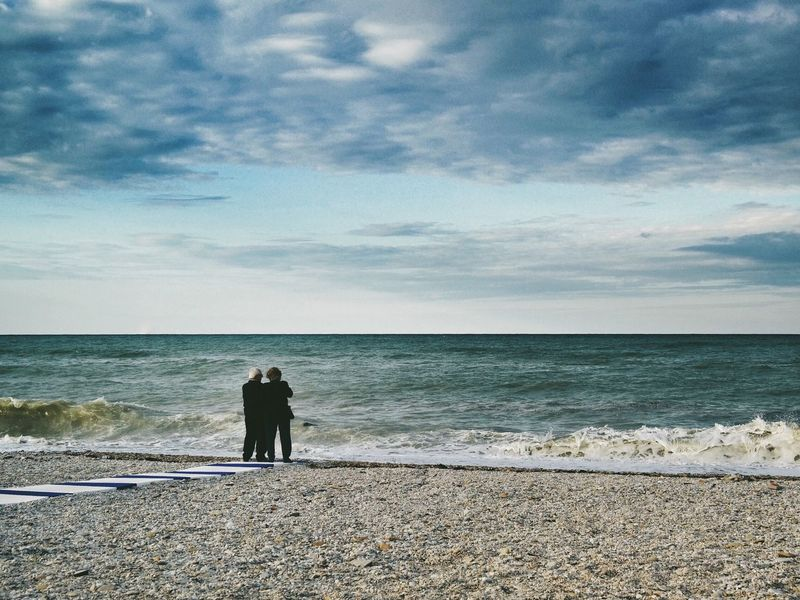 Memories... Beach Old Man Couple Sea Sea And Sky Seascape Seaside Seashore Landscape Waves Enjoying Life Old People Memories Relaxing Outdoors Storm Cloud Stormy Weather Leisure Activity Details Of My Life Real People Travel Stroll Cloud - Sky Weather Sea View Lost In The Landscape