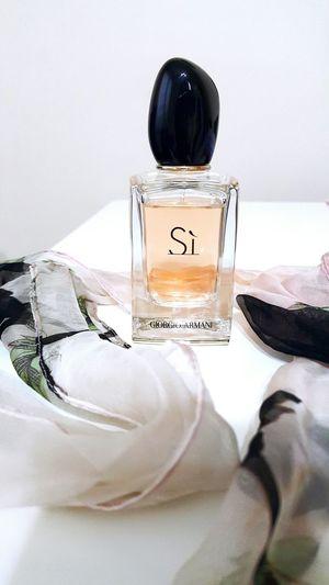 Armani Giorgio Armani Parfume My Parfume Armani Si Si Pink Black Black And Pink Galaxy Note 4