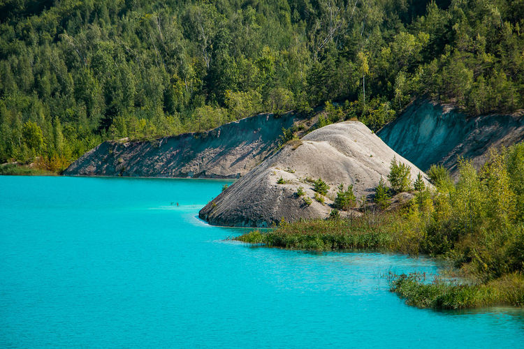 Beautiful mountain lake with bright turquoise water. summer landscape on a sunny day.