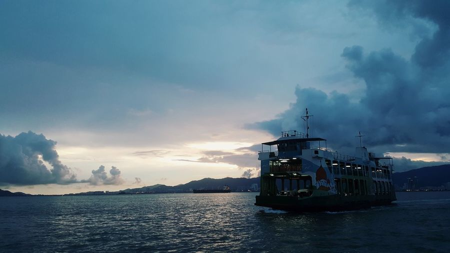 14 nov 2017 Sea Cloud - Sky Ferry Boat Penang