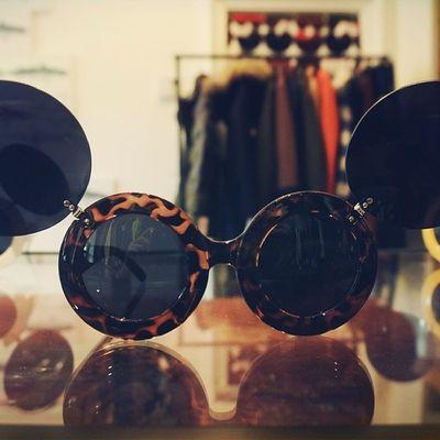 Mars Mode Fashion Sunglass  beauty youth Man Woman power