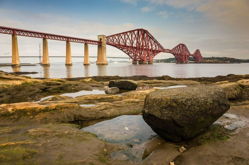 The firth of forth railway bridge. edinburgh, scotland.