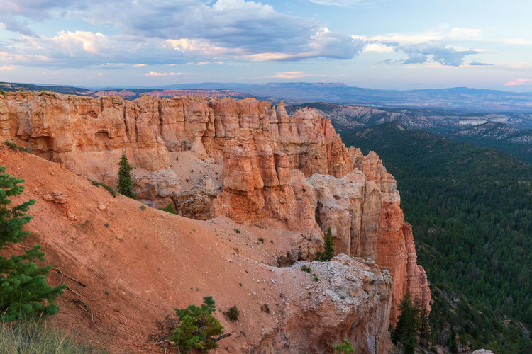 one of the greatest places I ever visited: the breathtaking Bryce Canyon NP Non-urban Scene Scenics - Nature Tranquility Tranquil Scene Outdoors Sunset Bryce Canyon USA Photos Mountain Beauty In Nature Cloud - Sky Sky Rock Rock - Object Landscape Nature Rock Formation Environment Solid Mountain Range Travel Travel Destinations No People Remote Formation Eroded