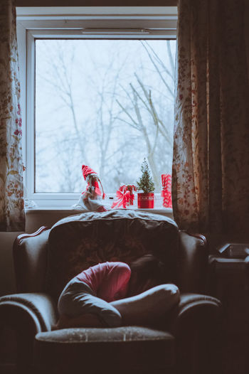 Being Creative Christmas Christmas Around The World Christmas Decorations Christmastime Contrast And Lights Good Morning Holiday Season Its Cold Outside Light And Shadow Portrait Of Child Still Sleepy Wakey Wakey Sleepy Head Winter Morning Wintermood Wintertime