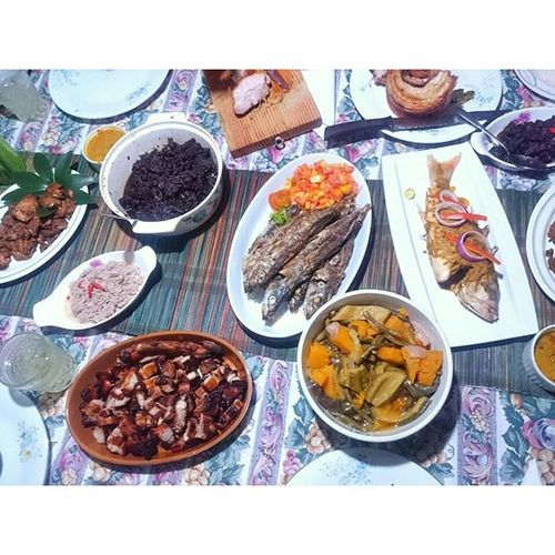 I was not able to take pictures with the Bellychon since it's already cutting by pieces... Thank you lord for all this food... We we're able to eat everything... 😊 Our food from mini get together of MKPioneers last Sept 6,2015... ☺ For More Yummy and Trips Photos kindly follow @iamjammin,i'll follow back! 😉 Yumminess Overload Food Foodshot Foodies Foodporn Foodgram Foodgasm Instafood foodphotography Pinoyigers Filipinofood PinoyFood filipinofoodmovement iamjammin