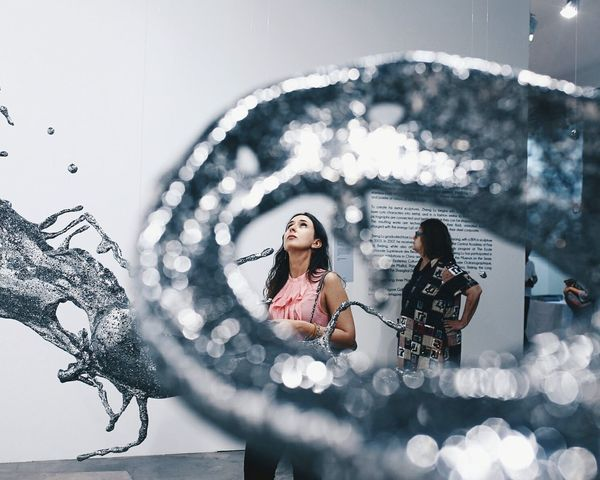 stuck in art Framed Frame Surrounded By Art Art ArtWork Art Gallery Art Fair Girl Beauty Portrait Portrait Of A Woman Stranger Minimal Bokeh Bokeh Photography Desaturation Pretty Lookingup Youth Of Today The Tourist My Favorite Photo
