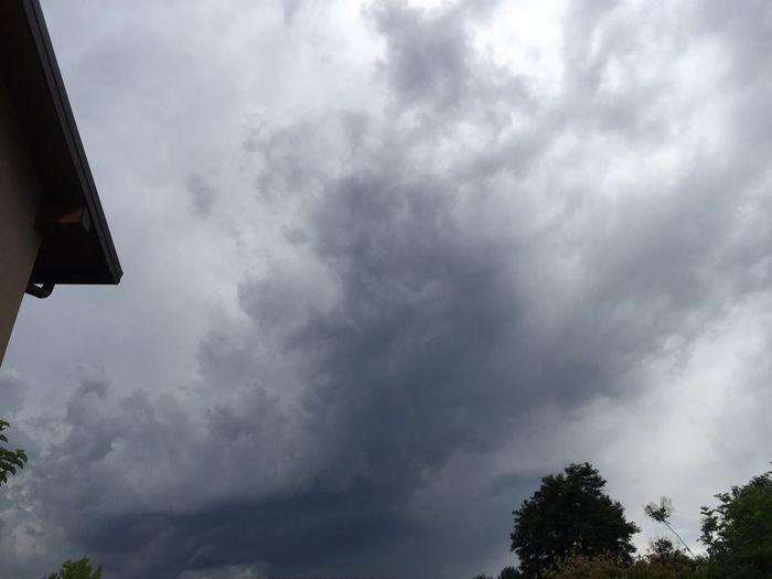 Cielo Grey Nuvole Aria Aperta