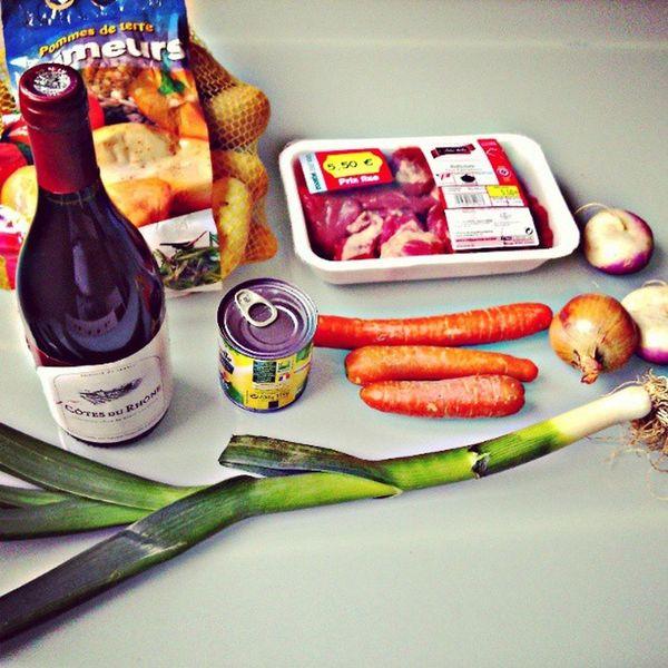 Thank's France! Boeuf bourguignon. Instamood . Instagram Instafood Boeuf bourguignon like wine groslard bonnebouffe instawine potatoes