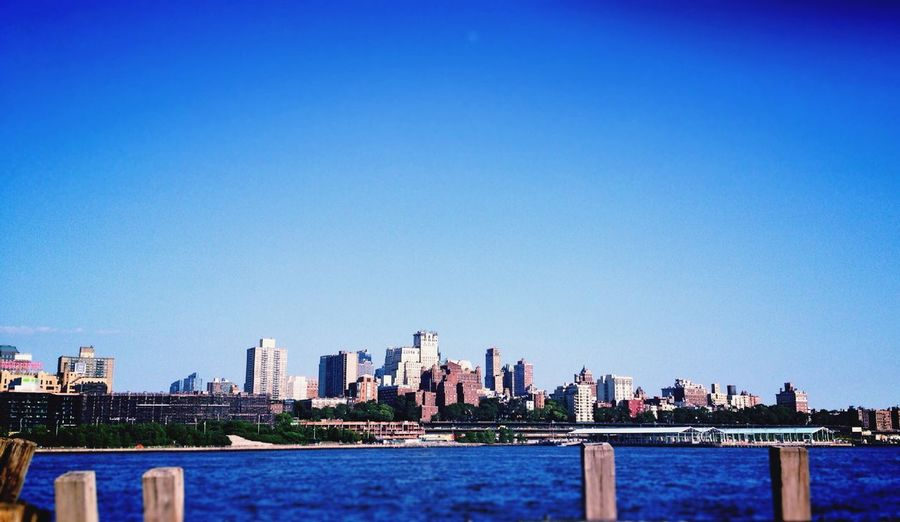 Sommergefühle New York Sea. Skyline Water City