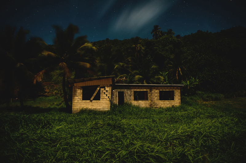 Moon Nights Cook Islands Atiu Moon MoonNights Night Photography Night Walks Old Hut Abandoned Aitutaki Cook Islands Dark Beauty Darkness And Light Fullmoon Haunting  House Island Longtimeexposure Moonlight Mysterious Mystical Nightscape Nightsky Palm Trees Rarotonga Ruined Building Stars