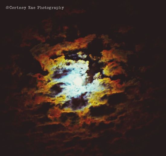 Thinking about entering a photography contest. ☺️ Photography Cortney Rae Photography Moon Getting Inspired