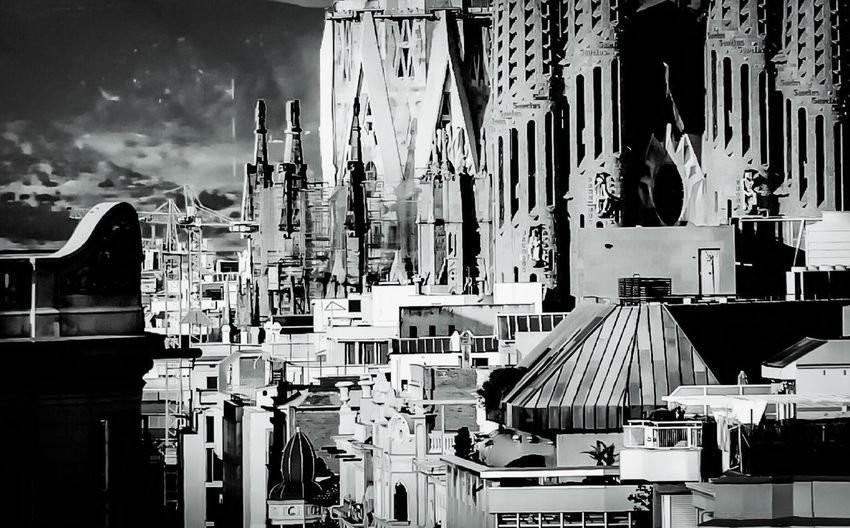 La Sagrada Familia Barcelona Barcelona, Spain Travel Destinations Walking Around Rooftops City Black And White Blackandwhite Urban Geometry Urban Architecture Building Exterior Built Structure No People Day