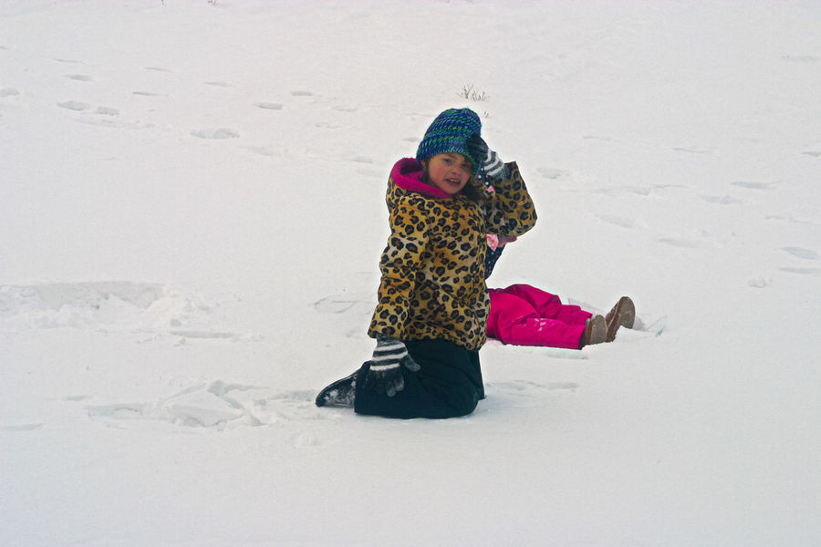 Ouch, that really does hurt... Liv'n The Dream Child Childhood Children Playing Cold Temperature Day Elementary Age Expressions Fall Down Full Length Fun Girls Happiness Leisure Activity Outdoors People Playing Real People Smiling Snow Two Children Warm Clothing Weather Winter Winter Fun Shades Of Winter The Photojournalist - 2018 EyeEm Awards