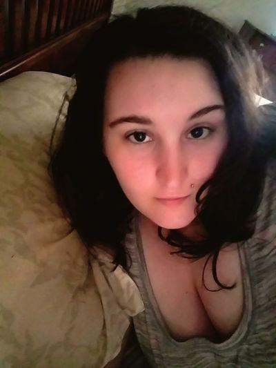 Justwokeupselfie Nomakeup StillInBed Close-up Beautiful Woman