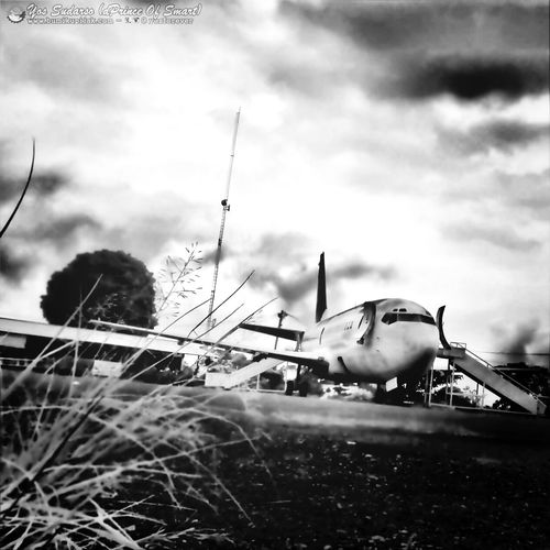 Stuck Land. just for today..! Streetphotography Travelphotography Blackandwhite Eye4photography  FullColor in IG: @yosforever