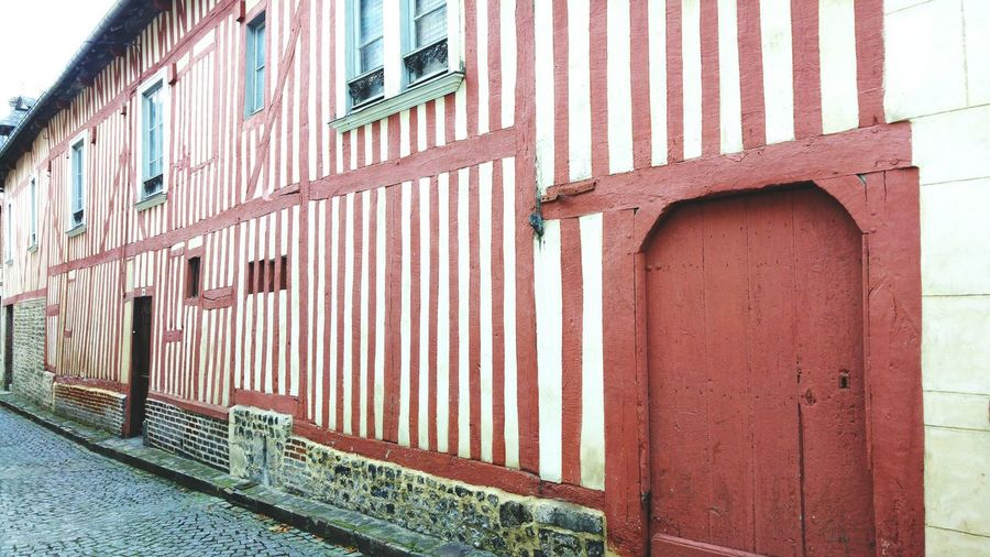 The cute city of Honfleur in France Archit Architecture EyeEm Selects Built Structure Building Exterior Day No People Outdoors Close-up Sea City first eyeem photo Travel Destinations Honfleur Honfleur, France France Normandie House Colombages Typical Typical Houses