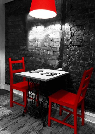 Restaurant Colorsplash Red Chairs Bnwbutnot Darkness And Light Onlymobilephoto