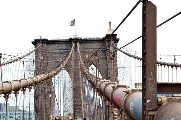 A walk to remember. Bridgesaroundtheworld Brooklyn Bridge / New York Iconic Landmarks