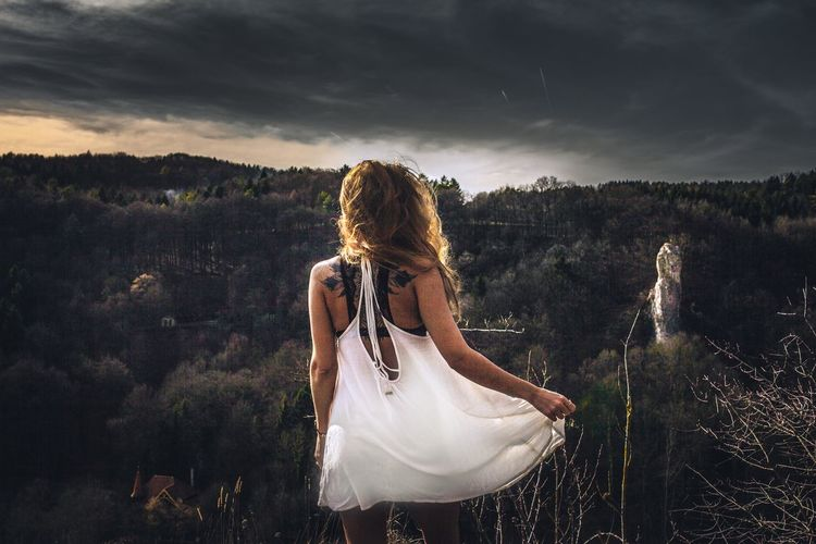 Dress Mountain Cloud - Sky One Person Sky Long Hair Rear View Nature Landscape Young Women Blond Hair EyeEmNewHere