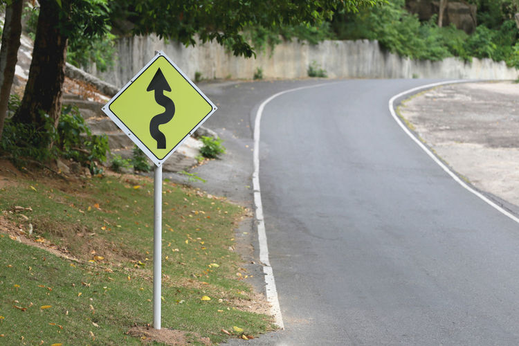 Curve signs of road on the way. Curve Curves Road Roads Signs Way Of Life Curve Road Curved  Curved Lines Curved Road Curves And Lines Road Intersection Road Sign Road Signal Road Trip Roadside Roadtrip Roadways Signs - Warnings Way