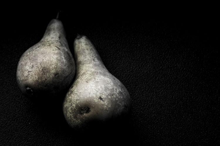Owoce- gruszka Art Black Background Dark Photography Food Foodphotography Foodporn Fruit Jwaniowska No People Pear