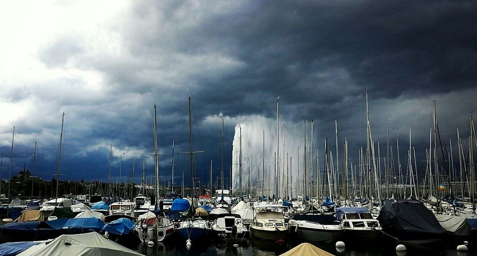 Before the storm Jetdeau Lacleman Stormclouds Amazinglight  Crazysky Nature Photography Sailboats Sky Porn Nature Crazyclouds