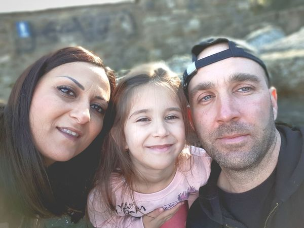 Family affair Faces People Travel Memory Child Family Bulgaria VelikoTarnovo Tsarevets Love Eyes Hat Smile Organized Group Photo Young Women Friendship Portrait Selfie Smiling Togetherness Bonding Looking At Camera Headshot Family Bonds Family With One Child Daughter Tourism Moments Of Happiness 2018 In One Photograph