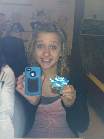Her Cupcake Maches Her Phone Case
