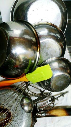 今日はバレンタイン♪ガトーショコラ作りました。 それに使った道具たち。ありがとう! Indoors  Domestic Kitchen Faucet Close-up Washing No People Washing Dishes