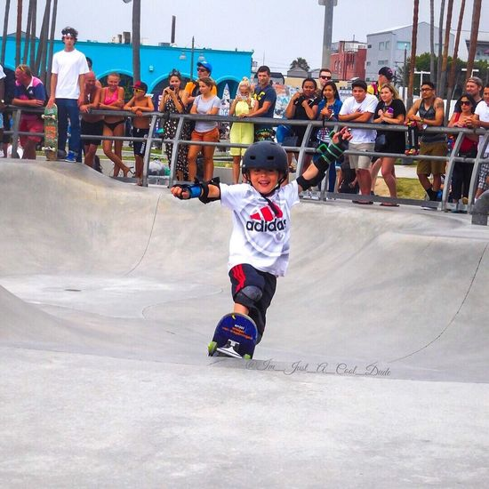 Start Em YOUNG Venice Beach Skatepark Venicebeachskatepark Skateboarding Kids Are Awesome SkateboardLifeStyle Skateboardingisfun Skateboardphotography Talented