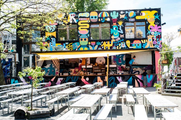Berlin spots where art meets big city life. Cafes with cool art Berlin Openair Travel Visit Berlin Architecture Art And Craft Bar Beautiful Destinations Cafe City Creativity Graffiti Hipster Human Representation Outdoors Plant Thisissoberlin Tree #FREIHEITBERLIN EyeEmNewHere