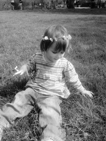 My daisy princess Daisy Daisychain Daughter Summer Picnic Park Grass Blackandwhite Dark Hippie