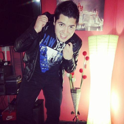 Ya Listo para Irnos a @ClubDivino con @RickyEstilista a Celebrar el DiaDelTrabajador hoy sera una Noche Divino