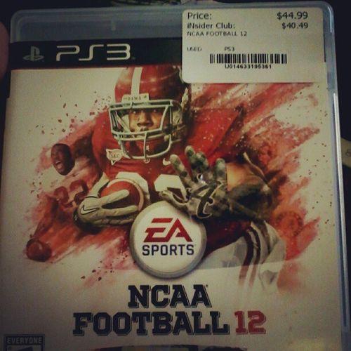 Playing NCAA football 12 IJustBeCoolin